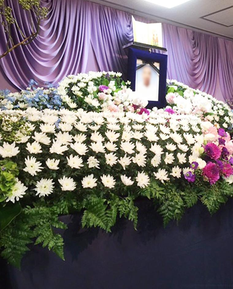 花祭壇,花う